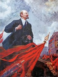 Ленин на баррикаде копия